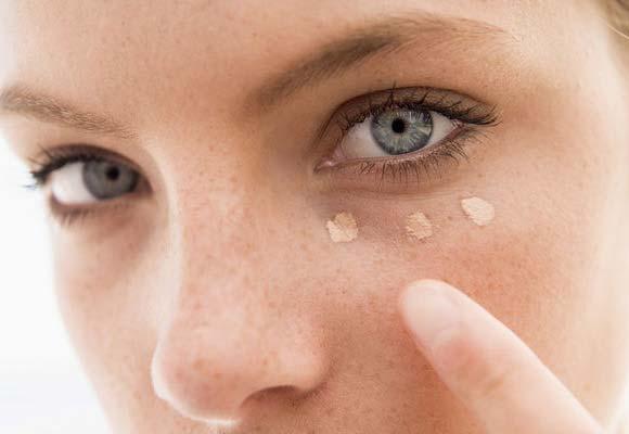 Truques usando o corretivo - olheiras