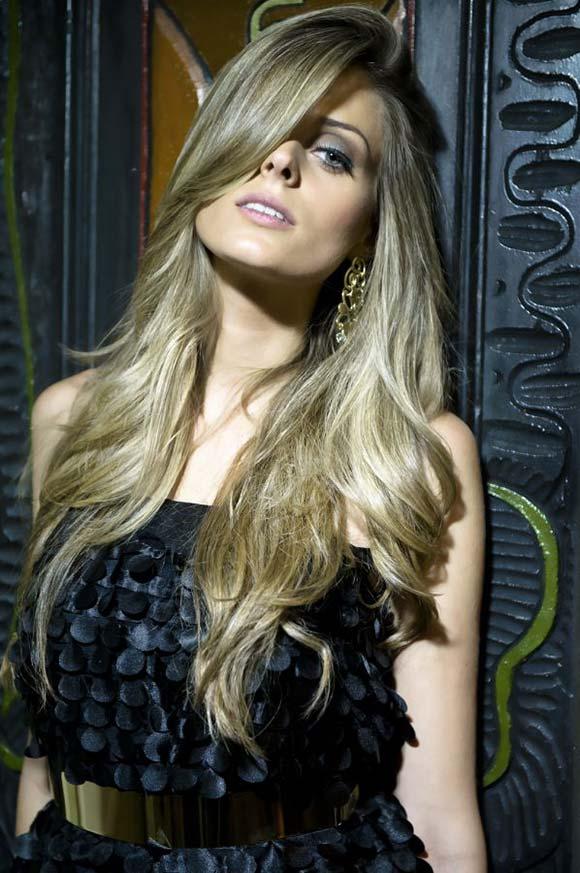 Jéssica Metz Flores