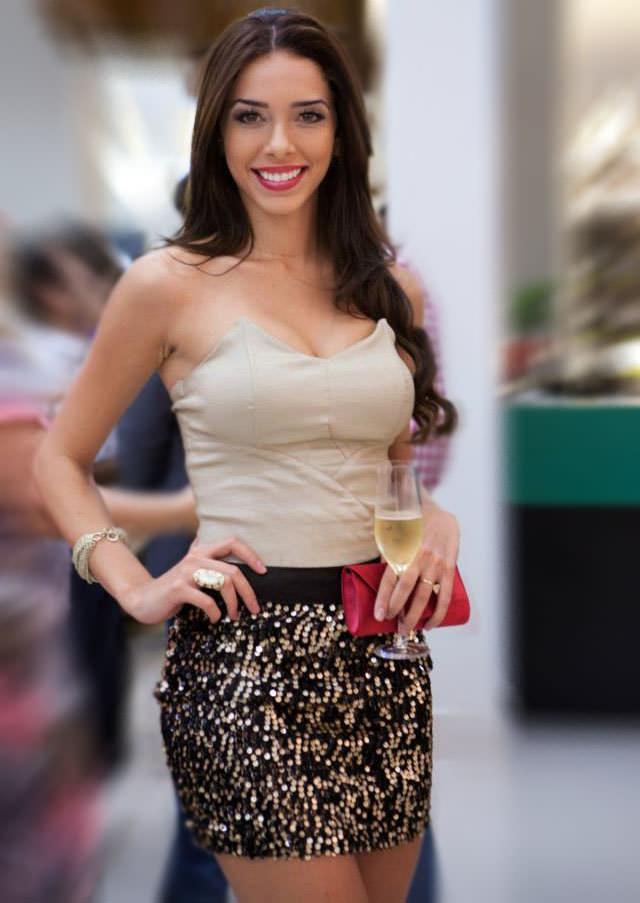 Lauriane Pires miss