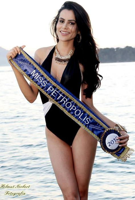 Flavia Santozy