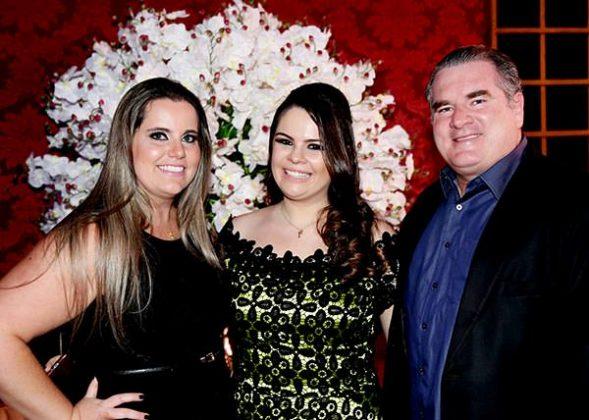 Mayara, Loraynne Barrionuevo e Bem Hur Silva
