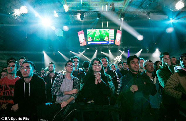 Plateia EA Sports FIFA