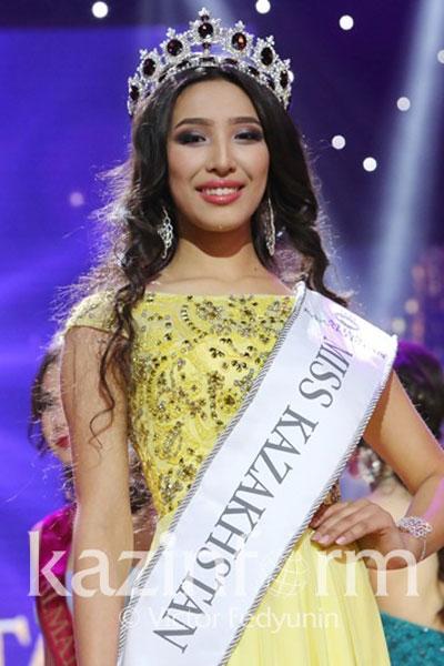 Foto da Miss Cazaquistão - Alfiya Yersayin