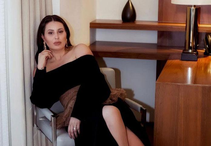Fashion Stylist Jana Lee