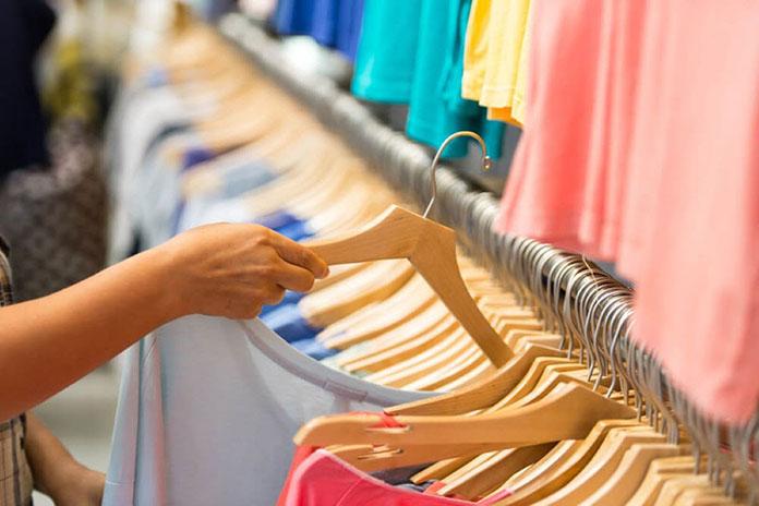Brasileiros estão entre os que mais gastam com roupas